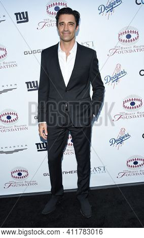 LOS ANGELES - SEP 09:  Gilles Marini arrives for  the Brent Shapiro Foundation Summer Spectacular on September 09, 2017 in Beverly Hills, CA
