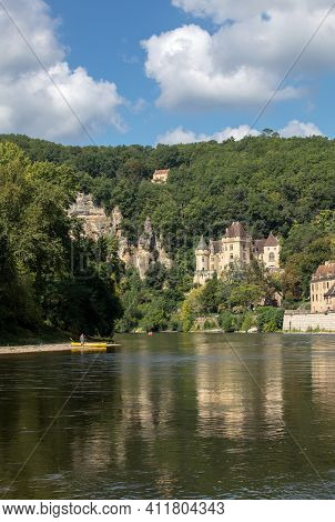 La Roque-gageac, Dordogne, France - September 7, 2018:  Chateau La Malartrie In La Roque-gageac, Dor