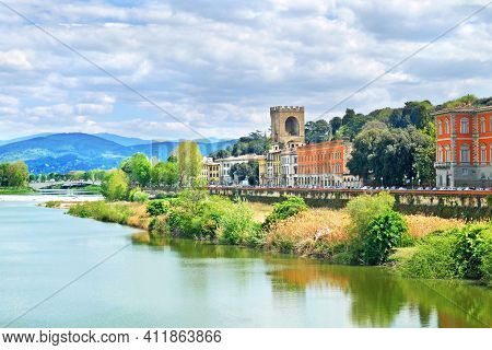 Bulding Near Over Arno River In Florence, Tuscany, Italy. Florence Cityscape. Florence Architecture