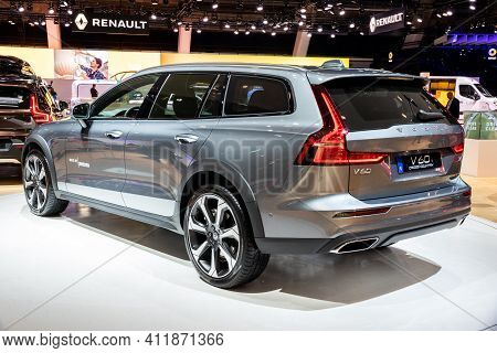 Brussels - Jan 18, 2019: European Debut Of The New Volvo V60 Cross Country Car Showcased At The Brus