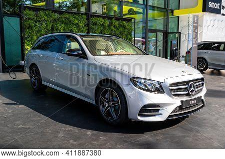 Frankfurt, Germany - Sep 10, 2019: Mercedes Benz E 300 De Car Showcased At The Frankfurt Iaa Motor S