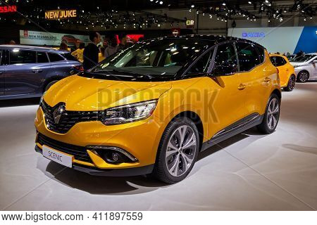 Brussels - Jan 9, 2020: New Renault Scenic Car Model Showcased At The Brussels Autosalon 2020 Motor