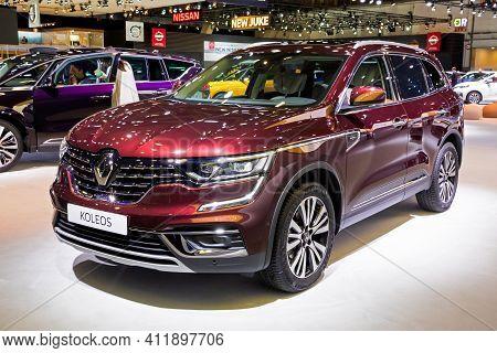 Brussels - Jan 9, 2020: New Renault Koleos Car Model Presented At The Brussels Autosalon 2020 Motor