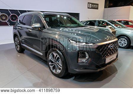 Brussels - Jan 9, 2020: New Hyundai Santa Fe Car Model Showcased At The Brussels Autosalon 2020 Moto