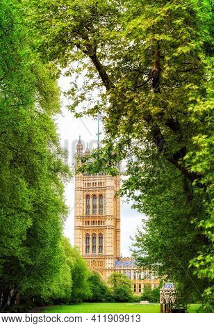 Tower of Palace of Westminster London
