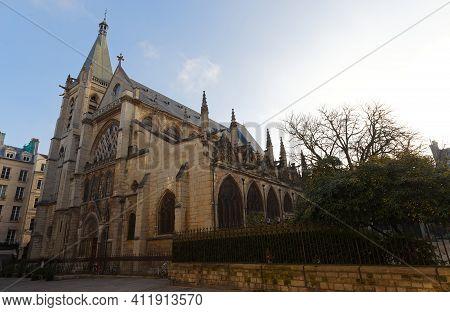 The Church Of Saint-severin Is A Roman Catholic Church In The Latin Quarter Of Paris.