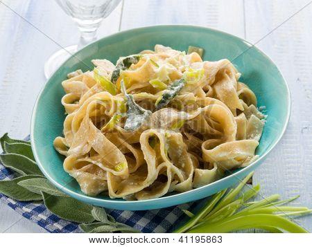 tagliatelle with leek sage and cream sauce, vegetarian food