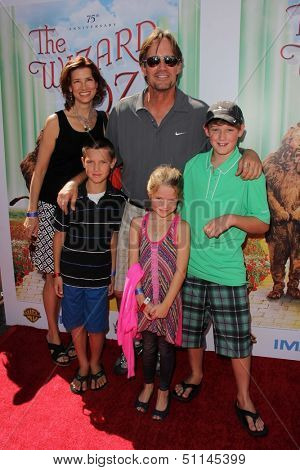 """LOS ANGELES - SEP 15:  Kevin Sorbo at the """"The Wizard Of Oz 3D"""" World Premiere Screening at TCL Chinese IMAX Theate on September 15, 2013 in Los Angeles, CA"""