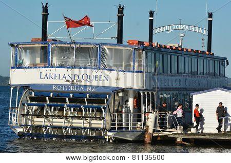 Lakeland Queen Cruise -rotorua New Zealand