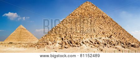 Pyramid of Menkaure and pyramid of Khafre in Giza