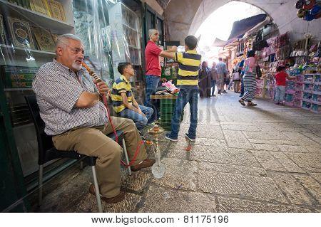 Smoking A Waterpipe