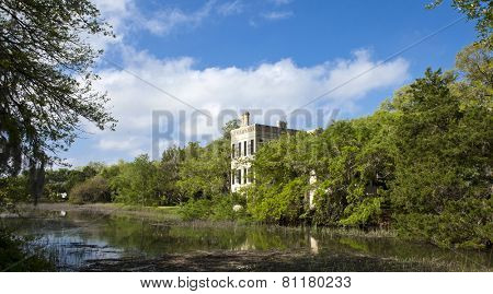 waterfront houses in the historic district of Beaufort, South Carolina