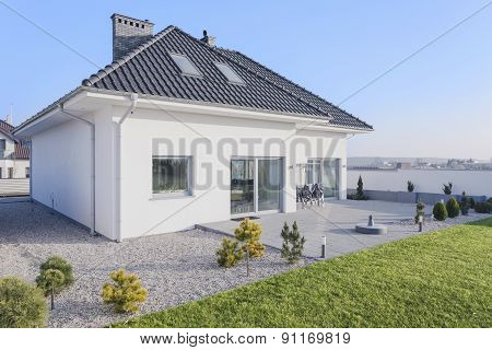 House With Garden