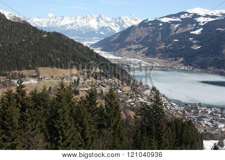 Zell am See town and skiing resort and lake Zell, Alps.