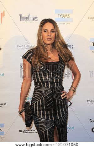 LOS ANGELES - MAR 5:  Bonnie Jill Laflin at the Children International Charity's Share The Love Around The World Fundraiser at the Rocky Oaks Malibu on March 5, 2016 in Malibu, CA