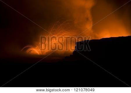 hawaiian lava erruption