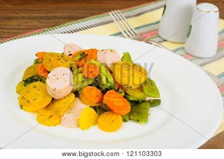 Steamed Vegetables Potatoes, Carrots, Corn, Green Beans, Onion w