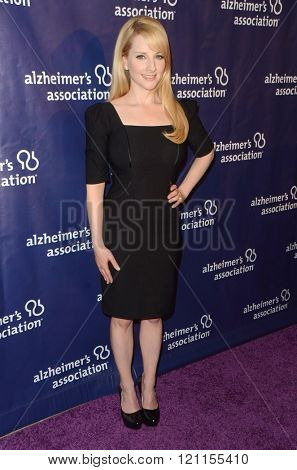 LOS ANGELES - MAR 9:  Melissa Rauch at the A Night at Sardis - 2016 Alzheimer's Association Event at the Beverly Hilton Hotel on March 9, 2016 in Beverly Hills, CA