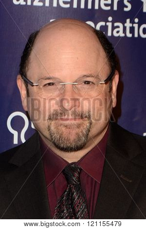 LOS ANGELES - MAR 9:  Jason Alexander at the A Night at Sardis - 2016 Alzheimer's Association Event at the Beverly Hilton Hotel on March 9, 2016 in Beverly Hills, CA
