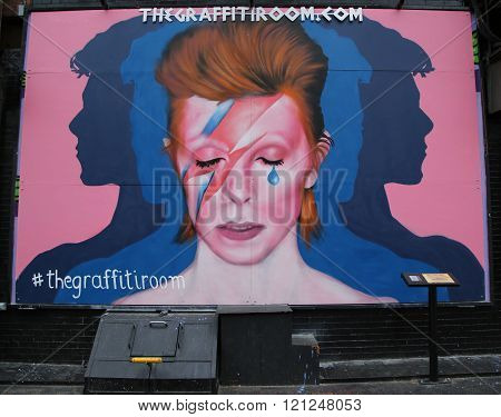 Mural in memory of David Bowie in Little Italy in Manhattan