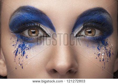 Close Up Fantasy Fashion Mak Up