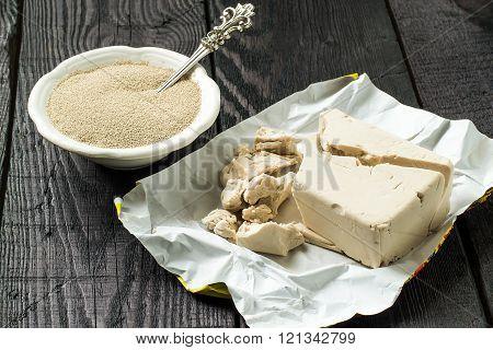 Fresh and dry yeast