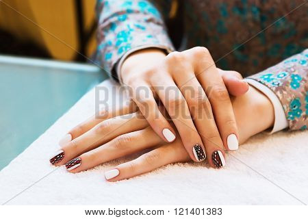 Delicate Spring Manicure