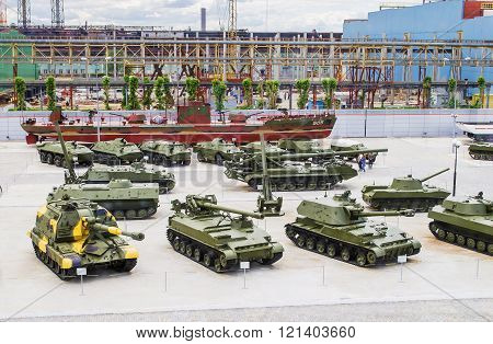Various Military Vehicles In The Outdoor Area Of The Museum