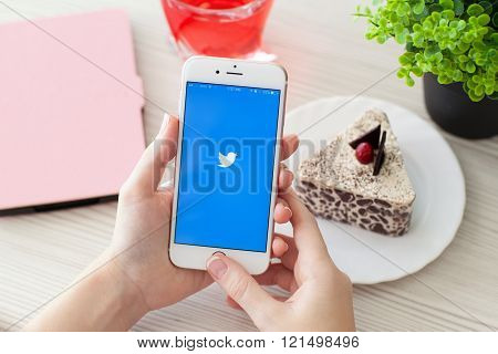 Woman Holding Iphone6S Rose Gold With Social Service Twitter