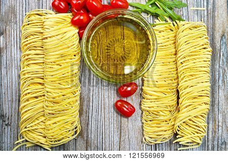 Homemade Fettuccini Pasta, Small Red Tomatoes, Olive Oil