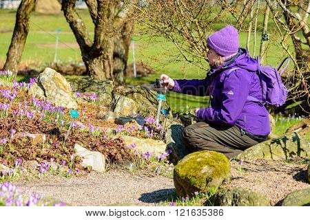 Purple Photographer