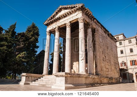 Old ruined temple in Pula