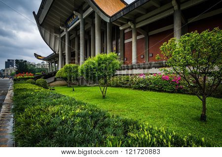 Gardens Outside The National Sun Yat-sen Memorial Hall In The Xinyi District, Taipei, Taiwan.