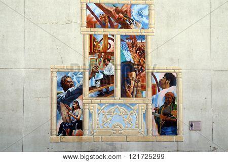 Mexican Heritage Mural: Inspiring Joliet