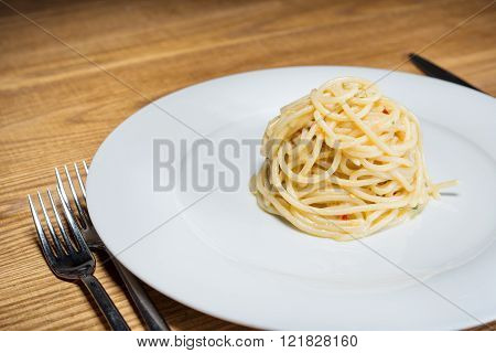 Spaghetti With Garlic, Oil And Hot Peppers