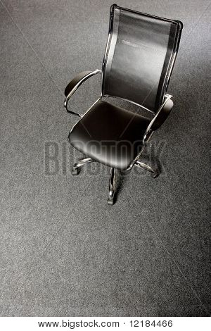schwarz und Chrom Bürostuhl