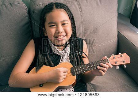 Happy Smiling Girl,dreadlocks Hair Style