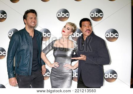 LOS ANGELES - JAN 8:  Luke Bryan, Katy Perry, Lionel Richie at the ABC TCA Winter 2018 Party at Langham Huntington Hotel on January 8, 2018 in Pasadena, CA