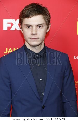 LOS ANGELES - JAN 8:  Evan Peters at the
