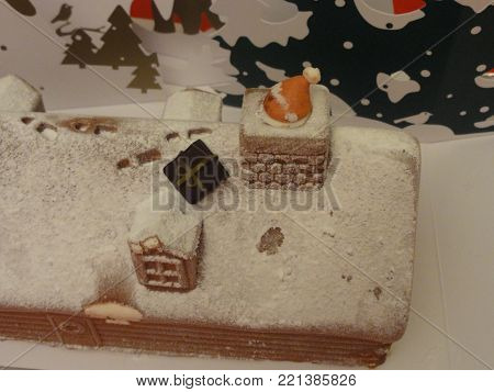 The yule log is a cake ending the Christmas dinner in France, in Belgium in Switzerland (Swiss), in Quebec, in the New Brunswick, in Vietnam, in the Lebanon, and generally in the French-speaking countries.