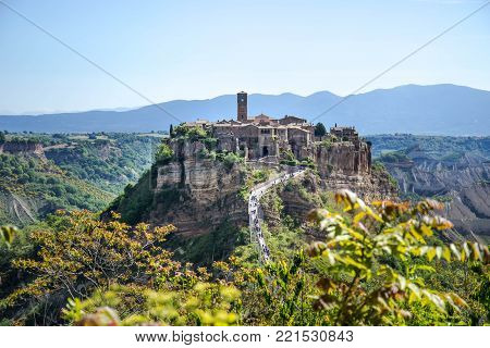 Civita di Bagnoregio evokes dreams of the past even before entering
