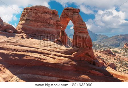 Delicate Arch at sunset in Arches National Park, Utah, USA.
