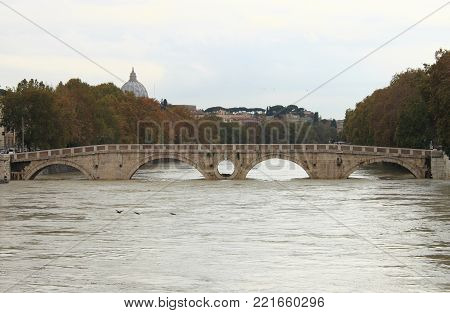 ROME - NOVEMBER 15: Sisto bridge during the flood of the river Tevere on November 15, 2012 in Rome. The river level has reached the maximum in 50 years
