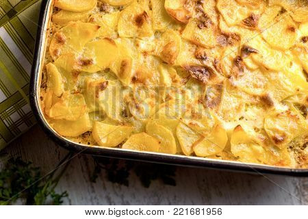 Roast potatoes with ground meat - minced meat