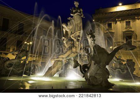 Artemis fountain in Piazza Archimede, Siracusa. Sculpture by the Artist Giulio Moschetti, 1907.