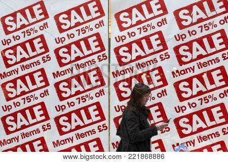 Shop Window Sale Sales Sign Price Reduction Save Saving Money Christmas January