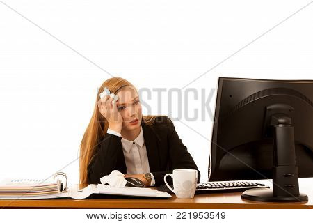 Ill business woman works in office - illness on work