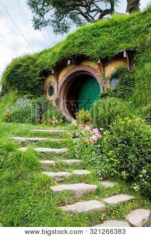 2017, May 2nd, New Zealand, Matamata, Hobbiton Movie Set - Front Door Of The Hole, Hobbit House