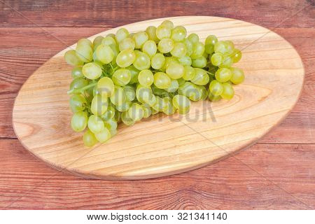 Cluster Of The Ripe White Seedless Grapes Sultana Variety, Also Known As Thompson Seedless On The Ov