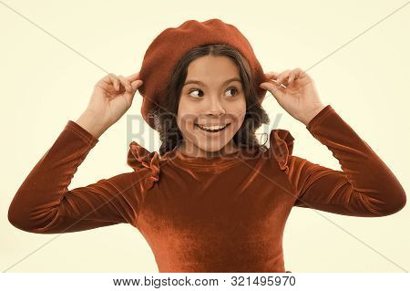How To Wear French Beret. Beret Style Inspiration. How To Wear Beret Like Fashion Girl. Kid Little C